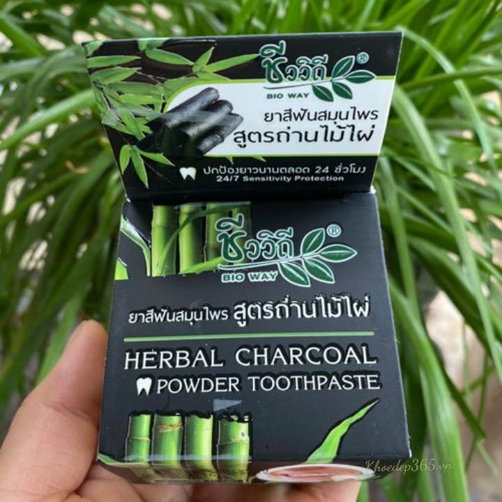 Kem Trắng Răng Than Tre Herbal Charcoal Thái Lan